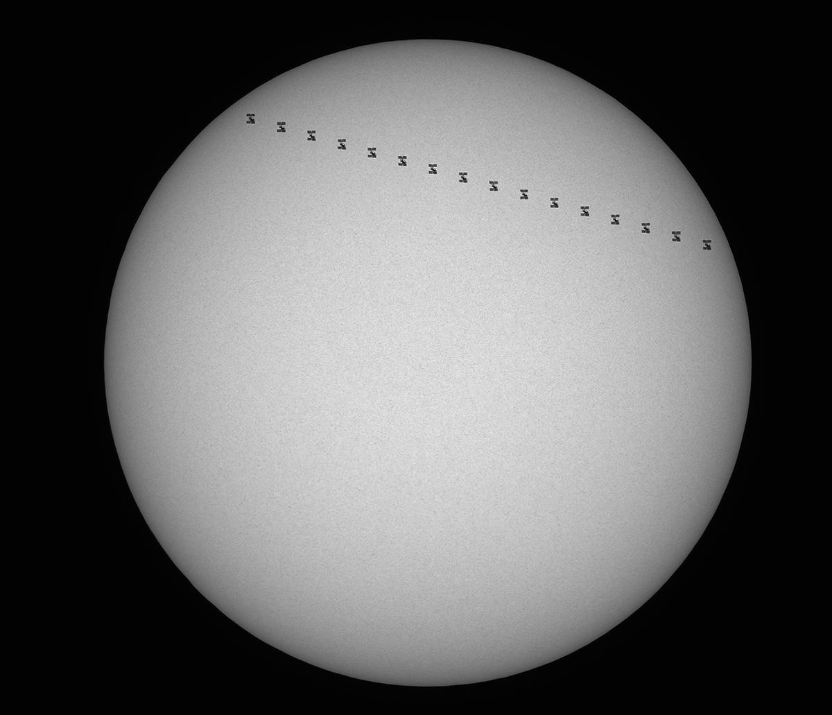 2019-08-18_Sonne-ISS_LZOS123_ASI183_1200px.jpg