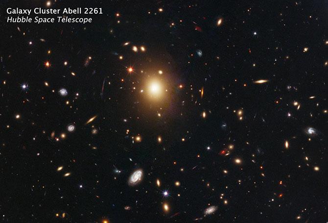 A2261-BCG_NASA.jpg