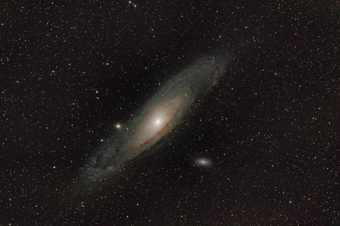 M31-APO-Red-a_6-nkl.jpg