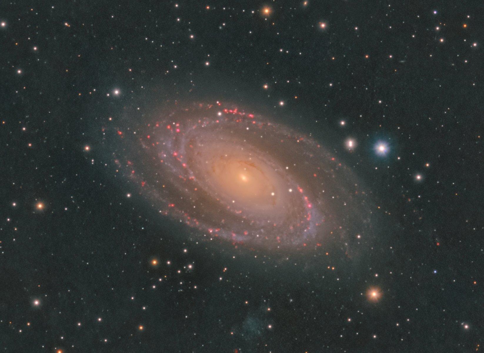 M81_LRGB_Ha.jpg