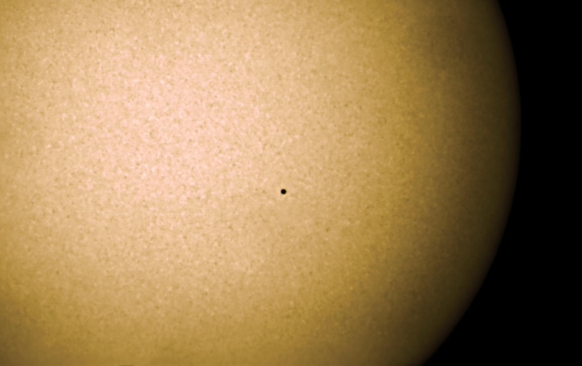 Merkutransit_2019-11-11--16-18_ASI174MM_AstroPhysics175mm-Herschelkeil.jpg