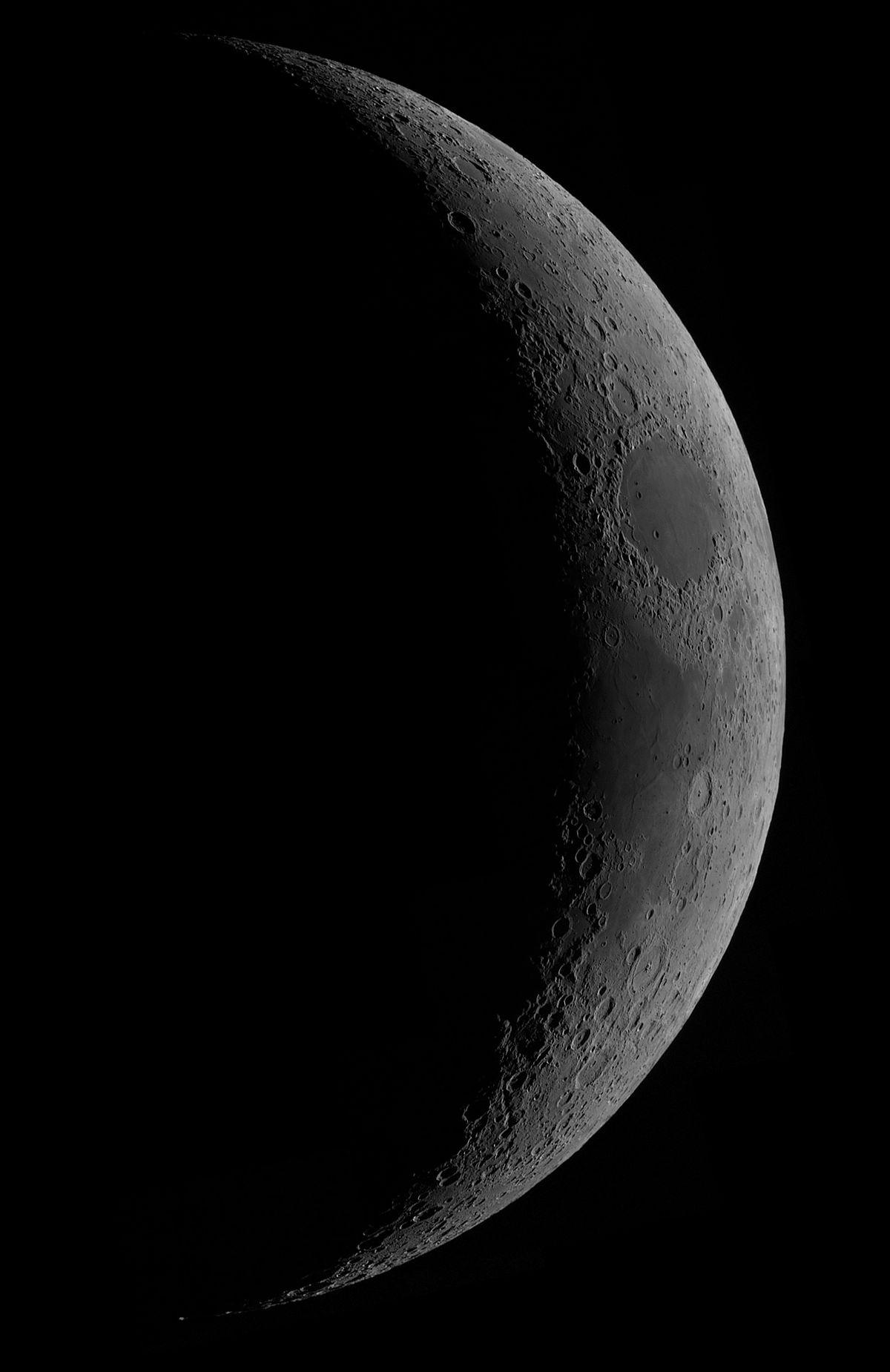 Mond_111218p50c.jpg