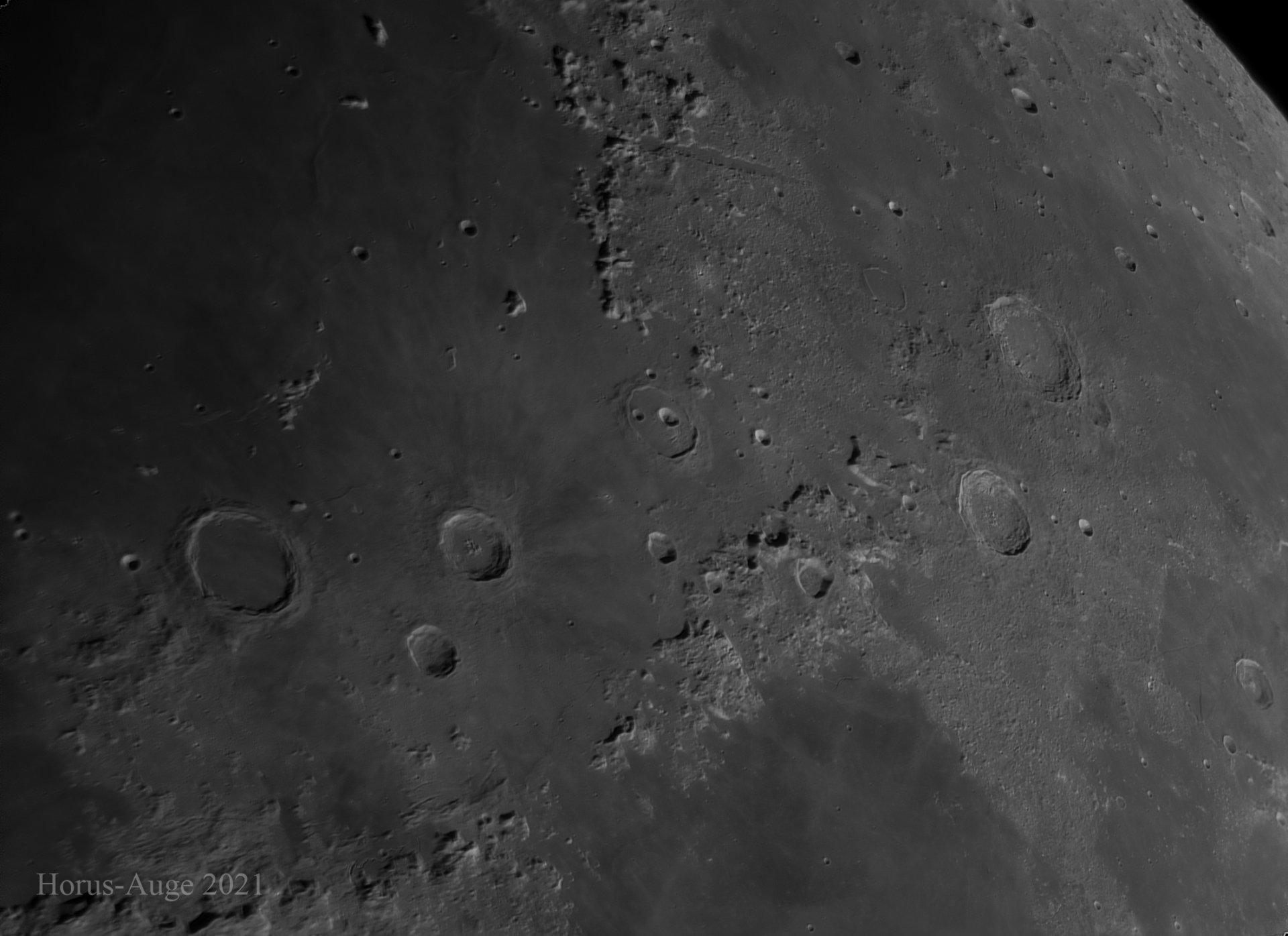 Mond_Mt. Apenniunus.jpg