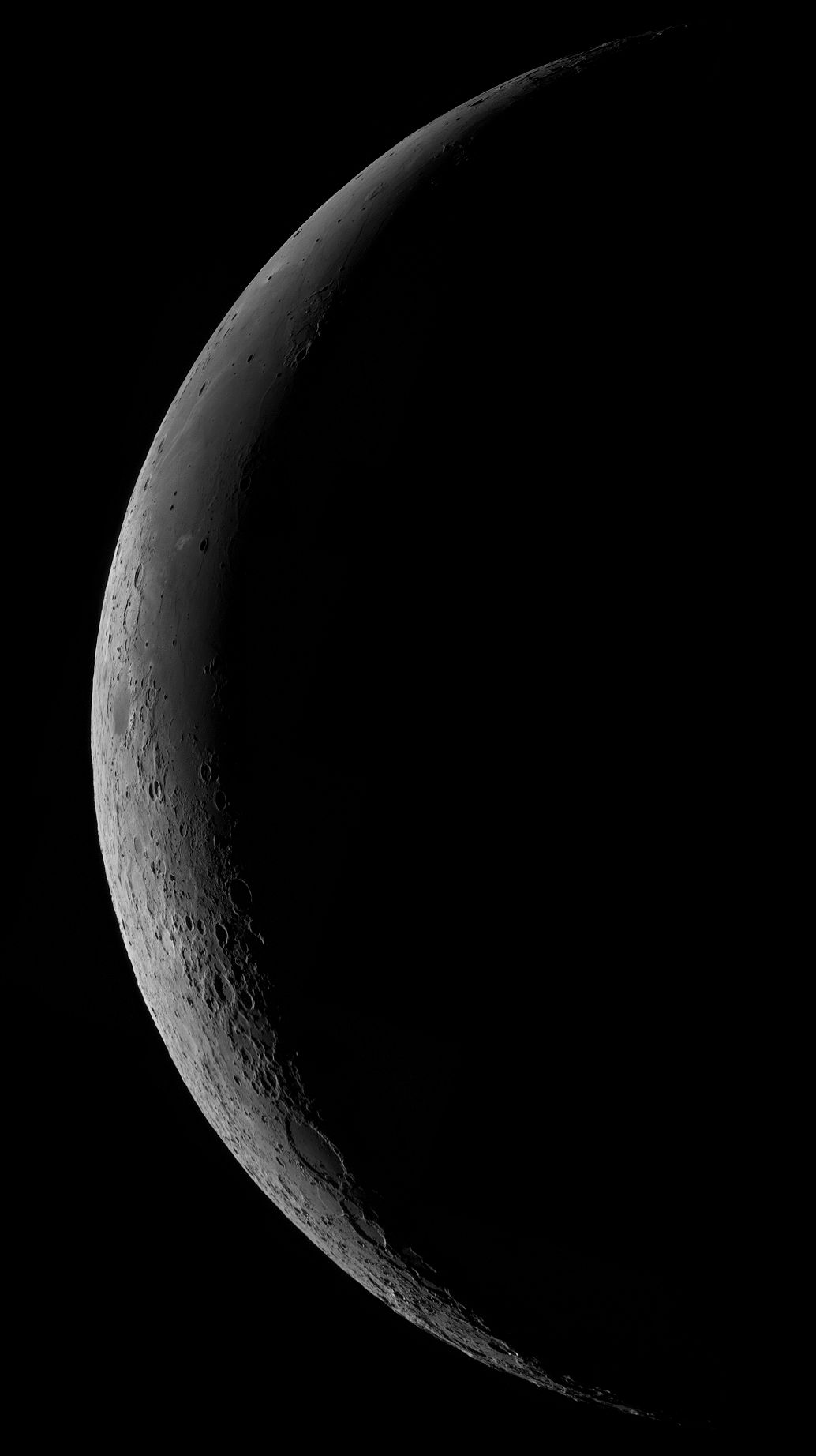Moon_041218_p50c.jpg
