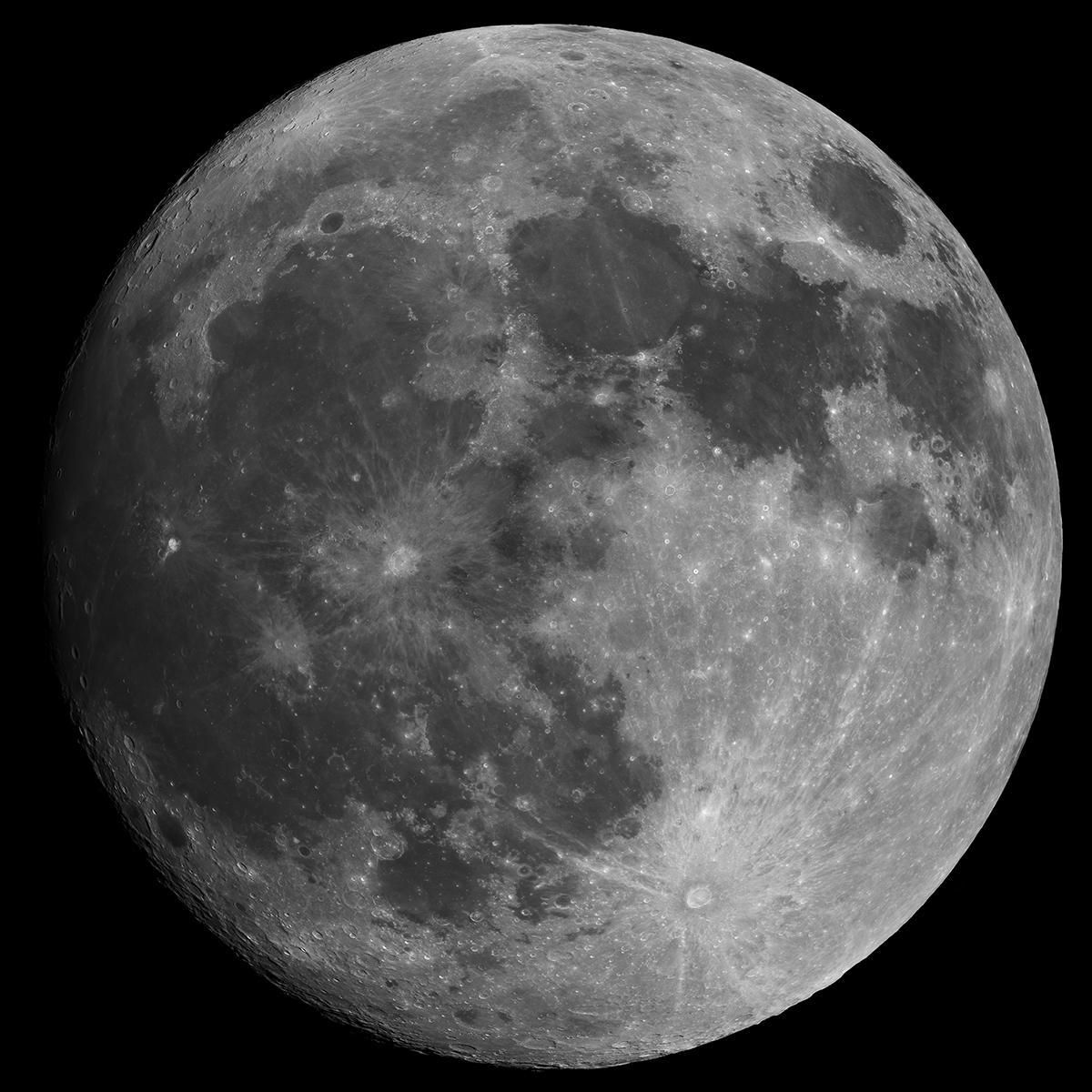moon_2019-12-10_1200px.jpg