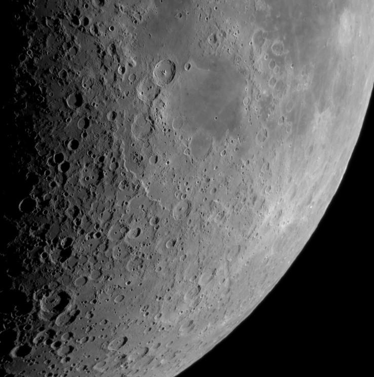 Moon_211505__g180_linear025.jpg