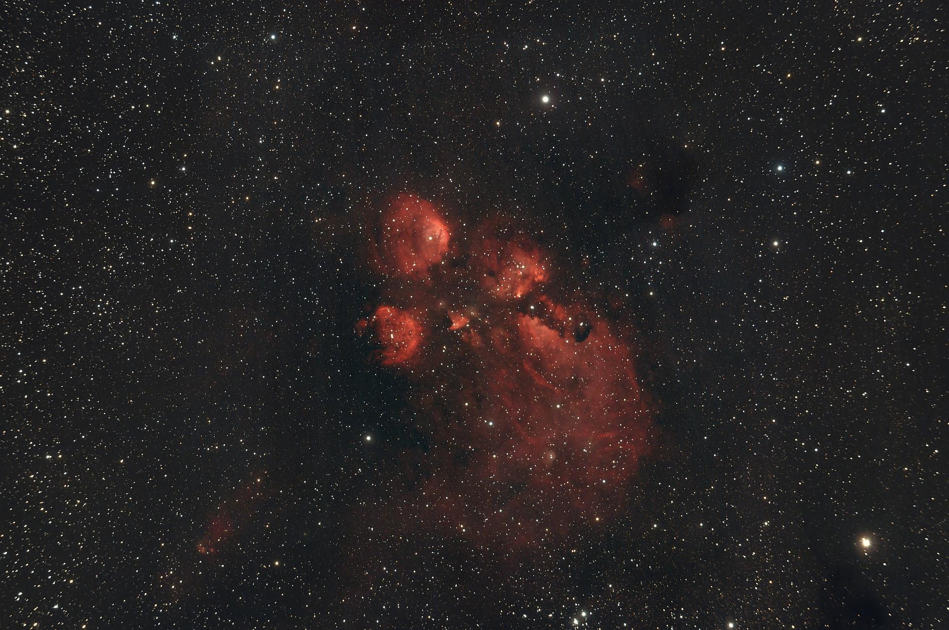 NGC 6334 - Katzenpfotennebel.jpg