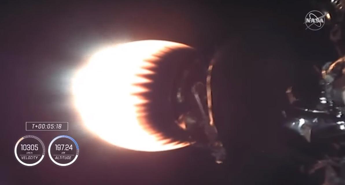 SpaceX_c.jpg
