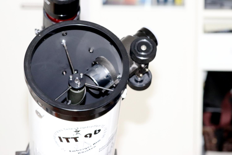 Teleskop_OAZ-im-Weg_klein.jpg
