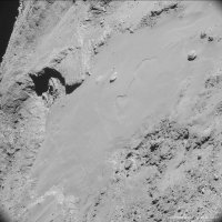 Comet_on_14_February_from_8_7_km.jpg