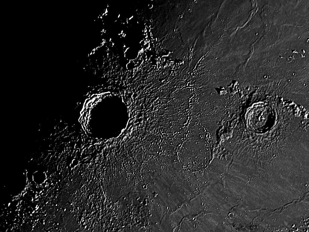 Moon_081349_25b_1.jpg