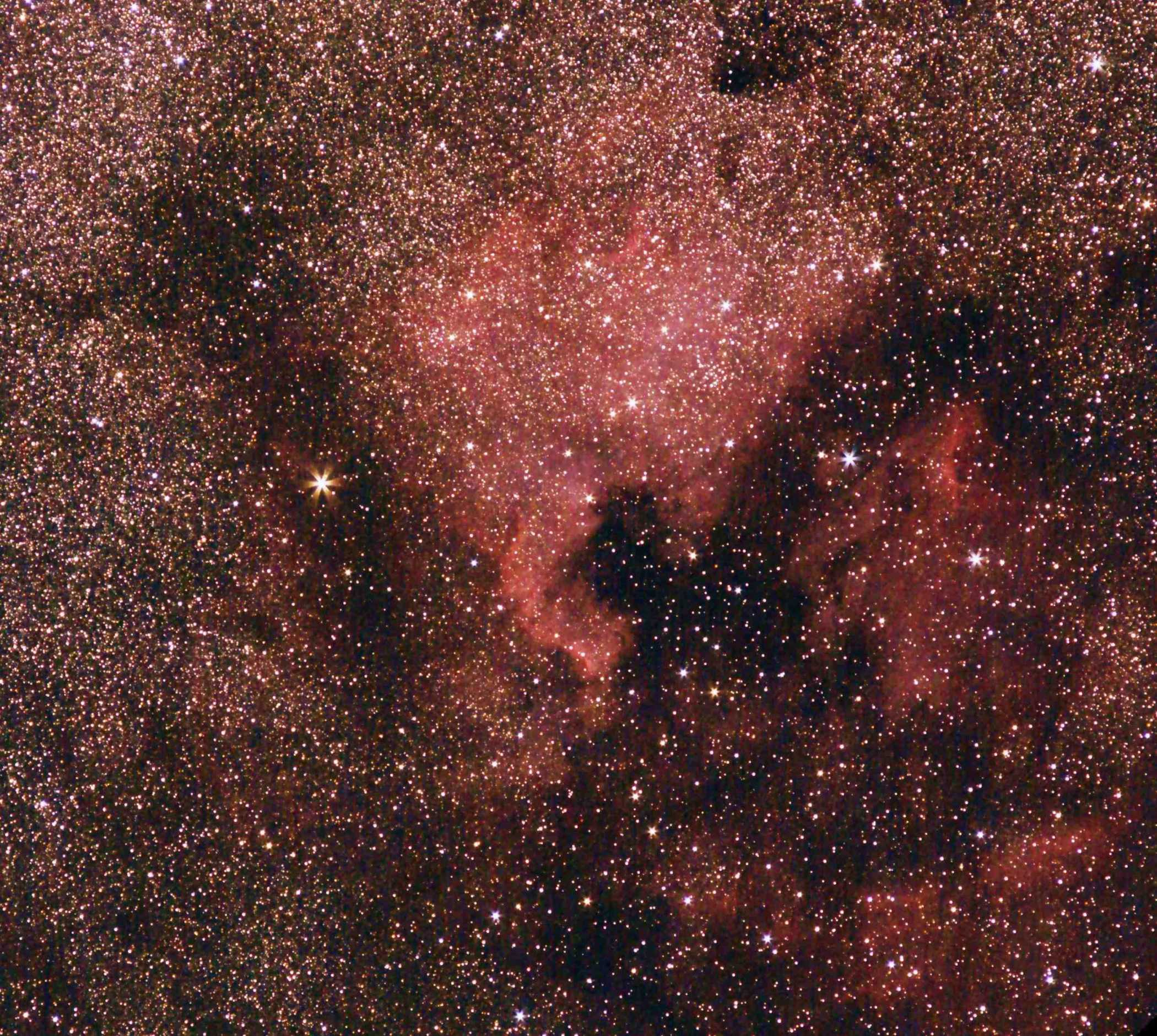 NGC7000_CZJ_135_Blende5.6_ISO6400_V4.1_cut_small.jpg